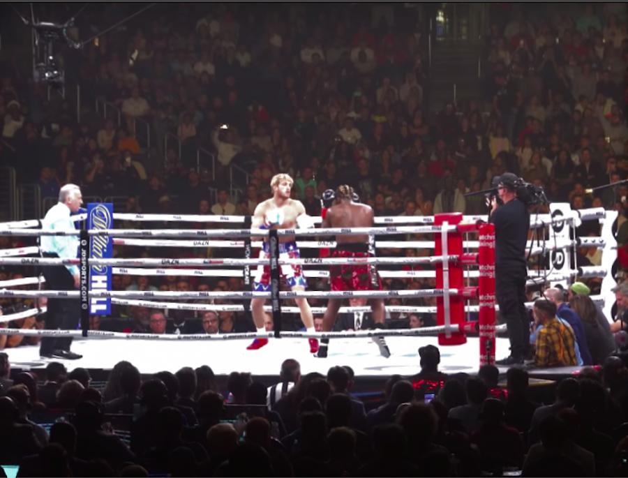 Logan+Paul+making+his+boxing+debut+against+fellow+Youtuber%2C+%0AOlajide+%E2%80%9CKSI%E2%80%9D+Olatunji+in+2019+%28Wikimedia+Commons%29